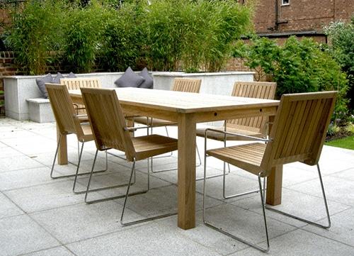 Záhradný stôl a stoličky