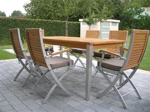 Moderny zahradny nabytok