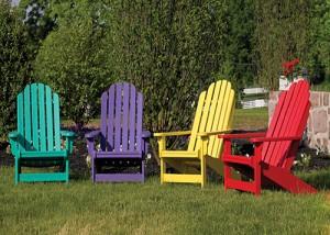 Farebné stoličky do záhrady