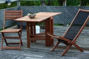 Moderné záhradné stoličky