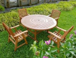 Záhradný nábytok z masívu